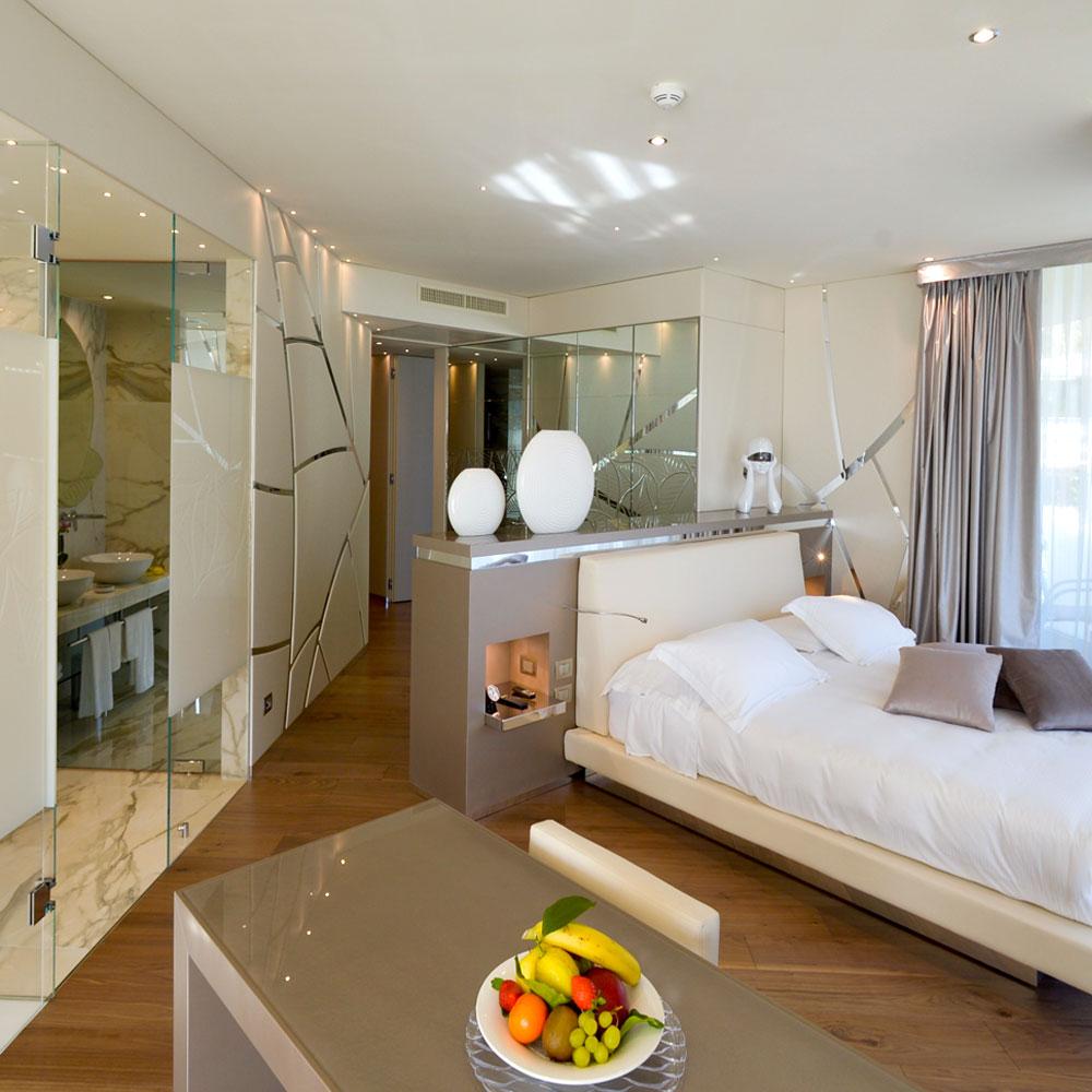 deluxe suite, ampia 70 metri quadri di spazio e relax al park hotel imperial